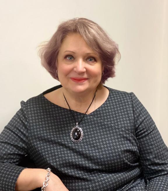 Елена Пехташева