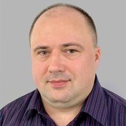Максим Максимов